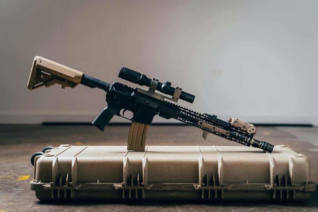 M4A1-S VS M4A4